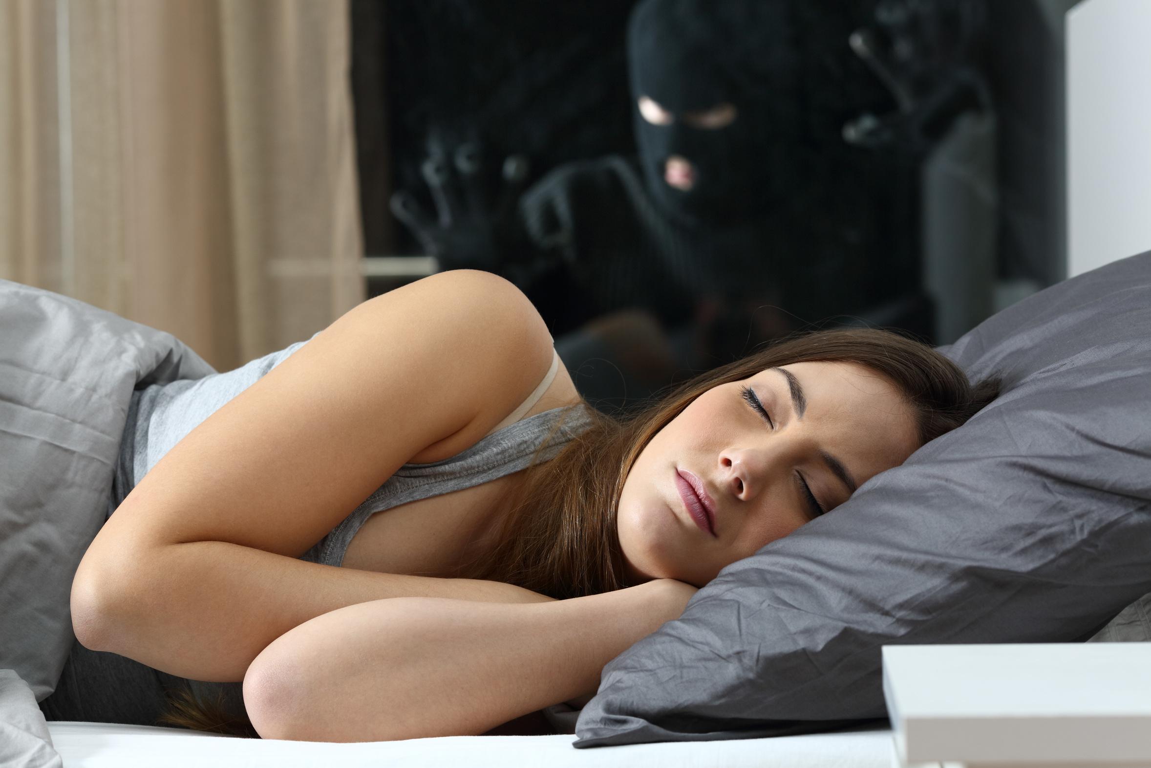 einbrecher-schlaf